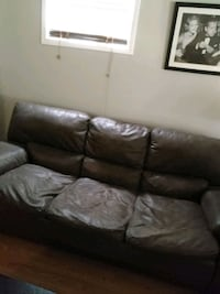 Brown Couch Brampton