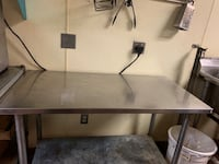 Stainless prep table for kitchen commercial use Worcester, 01608
