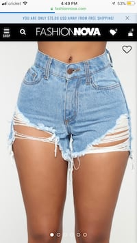 Fashion Nova Distressed Shorts Small Ontario, 91762