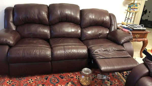 Black leather 2-seat recliner sofa