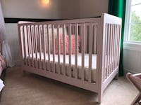 Crate & Barrel - Crib + Toddler Rail + Mattress Chantilly, 20152