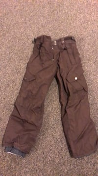 Snow pants size 14 youth  North Vancouver, V7K 2H4