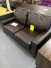 New serta loveseat Martinsburg, 25401