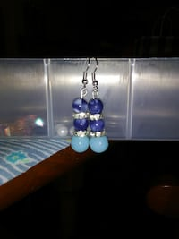pair of silver-colored with blue beaded drop hook earrings Palmer, 99645