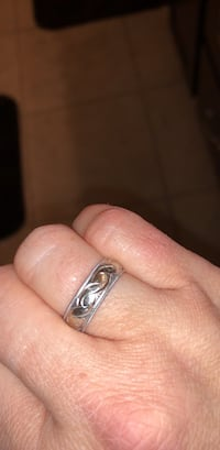 Silver-colored and diamond ring Findlay, 45840