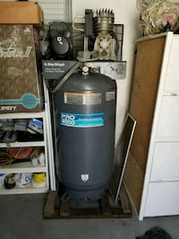 black and gray water dispenser Los Angeles, 91331
