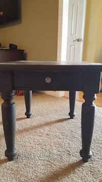 End table gray