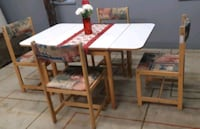 Foldable kitchen table+ 4 chairs / delivery available Mississauga, L4Y 1P2