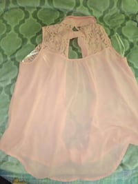 pink lace sleeveless blouse Bakersfield, 93305