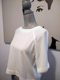Trendy And Sophisticated Blouse - Like New!! Toronto