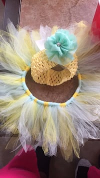 toddler's yellow-and-white tutu skirt with yellow knit flower-ribbon accent headband Saint Petersburg, 33712