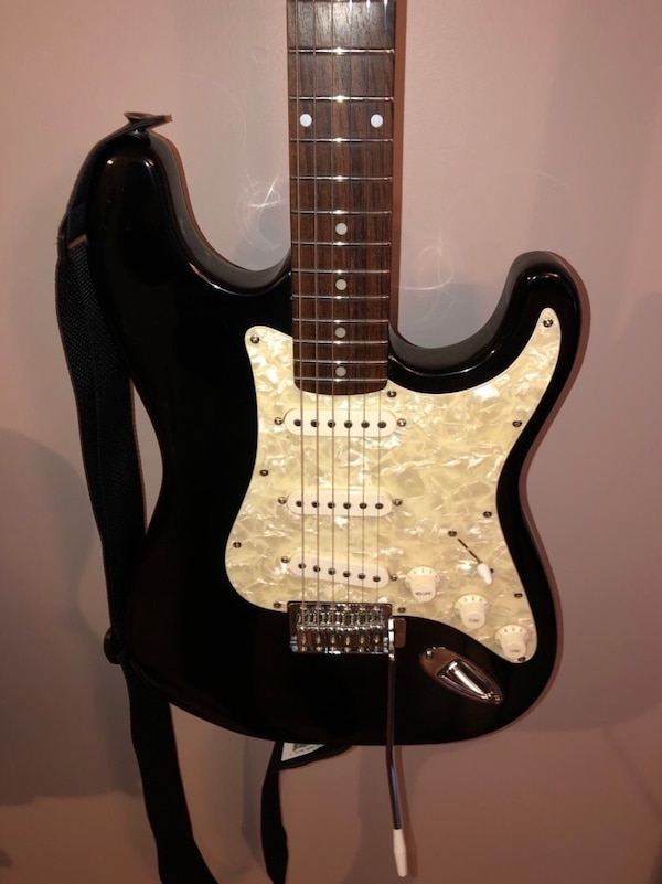 HAMER SLAMMER STRAT ELECTRIC GUITAR