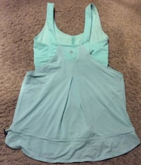 Lululemon teal racerback tank top ( pls slide to see other photo ) Calgary, T2J