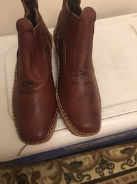pair of brown leather shoes Worcester, 01605