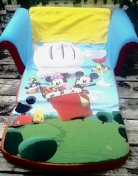 Disney fold out couch for toddlers or small children Welland