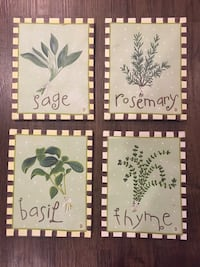 Set of 4 wall decorations
