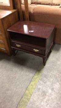 brown wooden single-drawer end table Welland, L0S 1V0