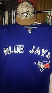Xlarge Bluejays jersey and hat Calgary, T2Y