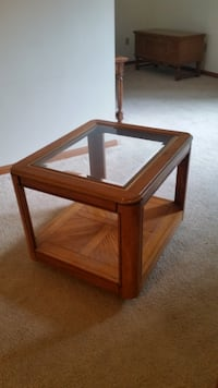 Nice Glass Top End Table Joliet
