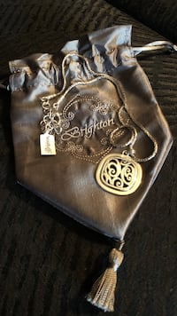 Brighton Spin master necklace w pouch new Long Beach, 11561