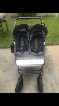 Baby's black twin stroller Linganore, 21774
