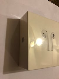 New Wireless Apple AirPods head phones Hyattsville, 20785