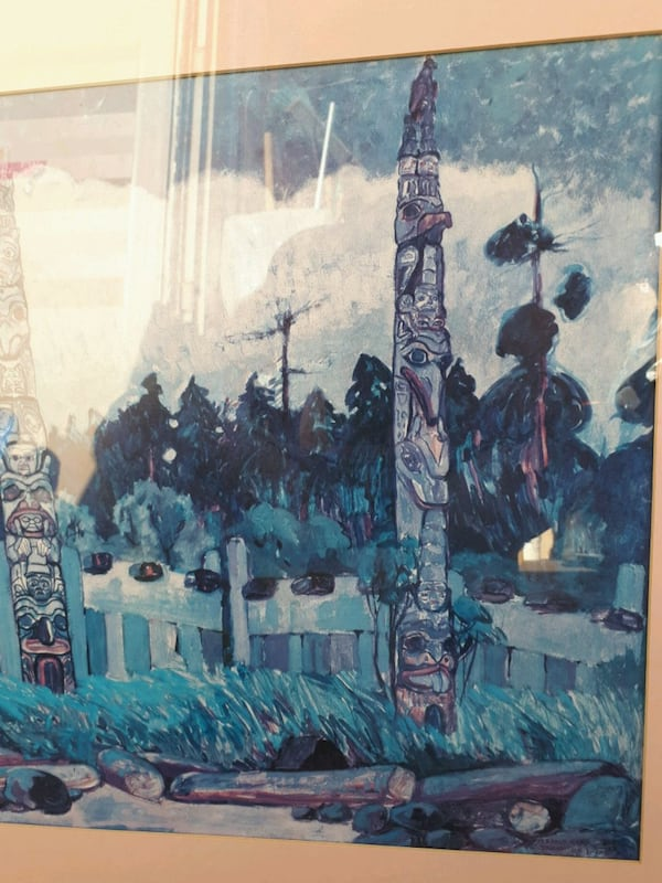 Totem   painting Emily Carr d7dba28e-5af1-4a65-8cb5-0cfd359c81d3