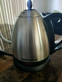 stainless steel and black electric kettle Las Vegas, 89117