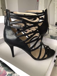 Black sandals like new size 81/2 Beaconsfield, H9W 2B3