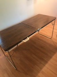 rectangular brown wooden folding table Montréal, H1W 1G7