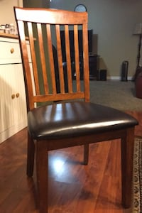 Chairs/dining chairs