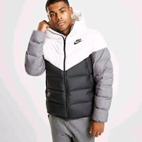 Nike bubble/puffer jacket  Mississauga, L4T 3N6