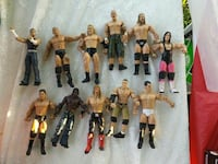 Wrestling figurines