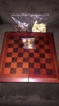 Brand new chess game never used Damascus, 20872