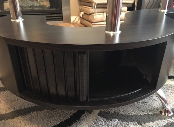 S shaped centre table