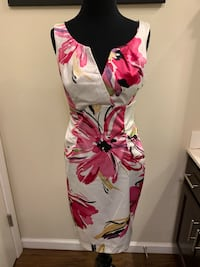 Dress Barn Collections Brand Dress Floral Pattern Women's Size 8 Fishers, 46037