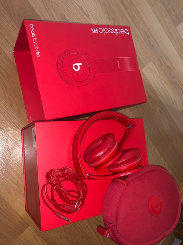 Beats Solo HD 0