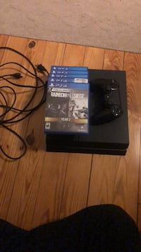 Ps4 500gb W/Controller and 5 games Mount Airy, 21771