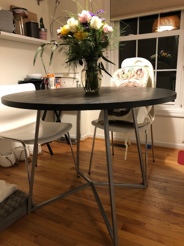 "40"" round dining table from CB2 2f2ce374-5828-40ad-a354-cf251587d21f"