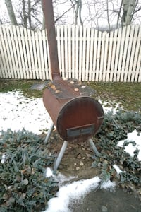 Outdoor grill/furnace thing Edmonton, T5Y 6L6