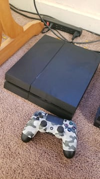 TRADE MY PS4 WANT A NINTENDO SWITCH
