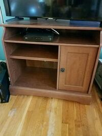 Wooden TV Stand - Name Your Price! Baltimore, 21208