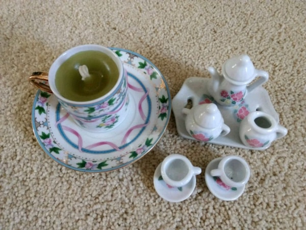 New Tea Set with Candle - $4