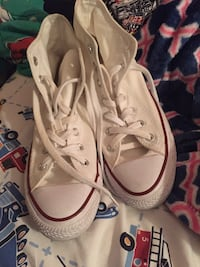 Pair of white converse all star high-top sneakers Davenport, 52804