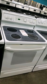 Ge glass top electric Stove 30inches  Riverhead, 11901