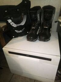 Racing boots and chest protector new