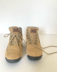 Ultra light weight waterproof @dannerboots women's hiking boots. Size 7. $65 plus $15 shipping.