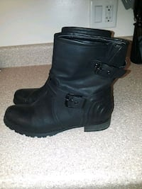 Womens boots. Never worn Smyrna, 37167