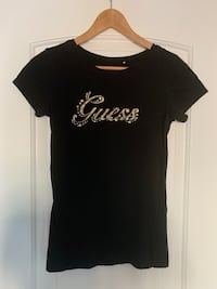 Women's Guess shirt Hamilton, L8J 0H4