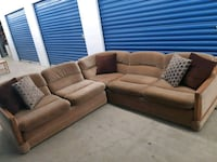 Low profile Brown suede sectional sofa Mississauga, L5A 1Y5